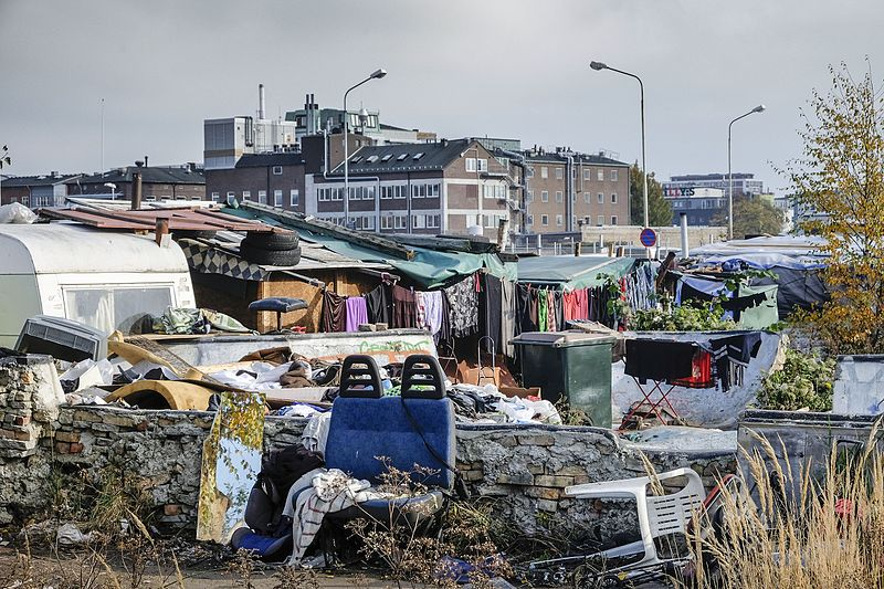 Swedish Town To Integrate Refugees By Housing Them With Pensioners...Forced To Socialize