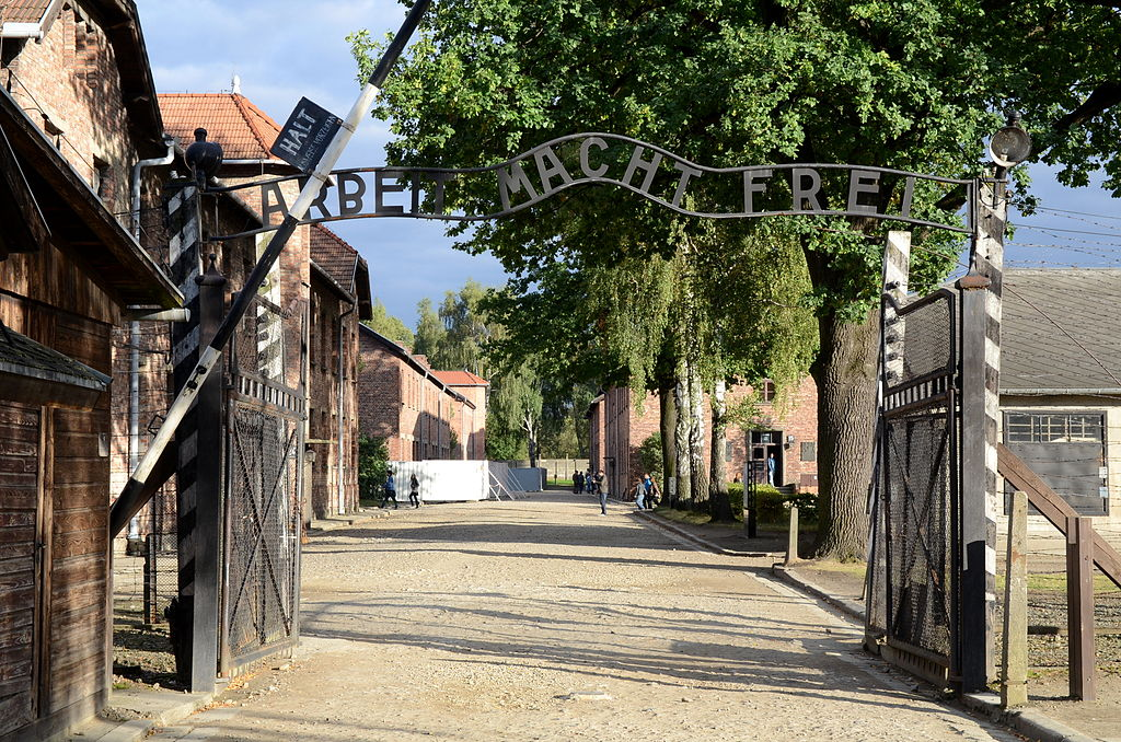 The Hi-Tech Traditionalist: This Week We Commemorate The 75th Anniversary Of The Liberation Of Auschwitz. As The Nightmare Of Fascism Ended, The Nightmare Of Globalism Began.
