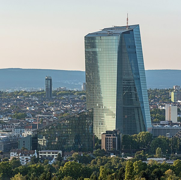 ECB Pushes For A Central Bank Digital Currency