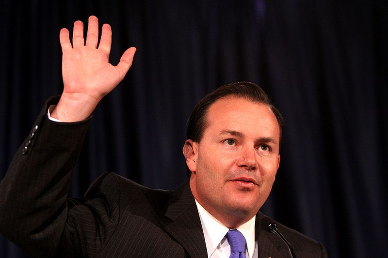 Mike Lee's S386 Bill Creates 'Green Card Lite' For Waves Of New Migrants