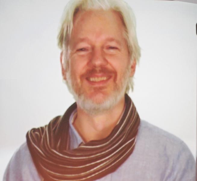 Trump To Pardon Assange